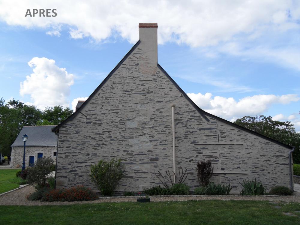 Rénovation du mur en pierre et de la cheminée