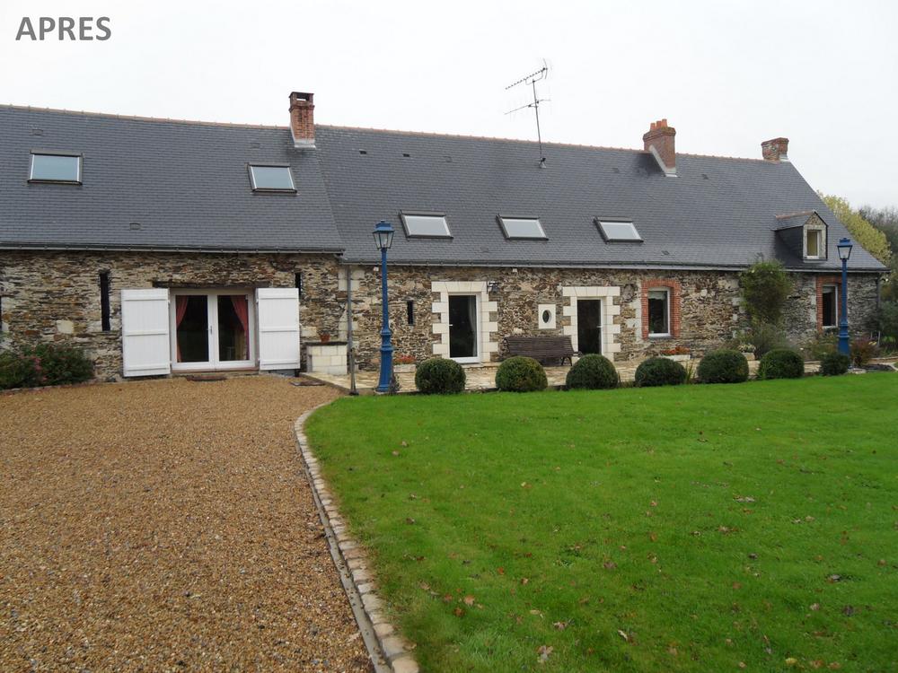 Rénovation longère en pierre près de St Germain des Prés