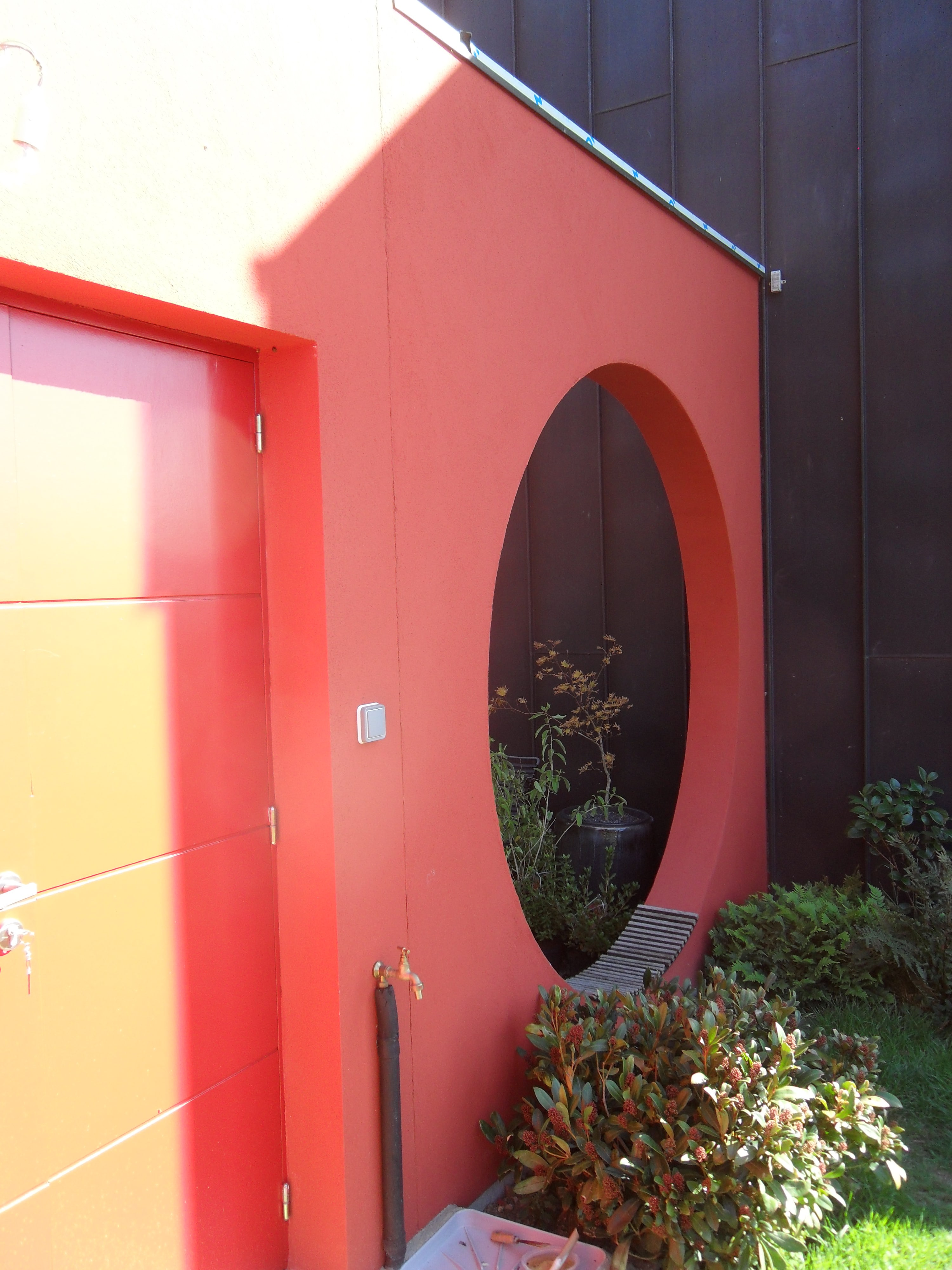 Pose d'enduit décoratif pour façade